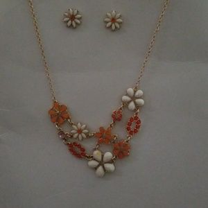 Floral necklace and earring set